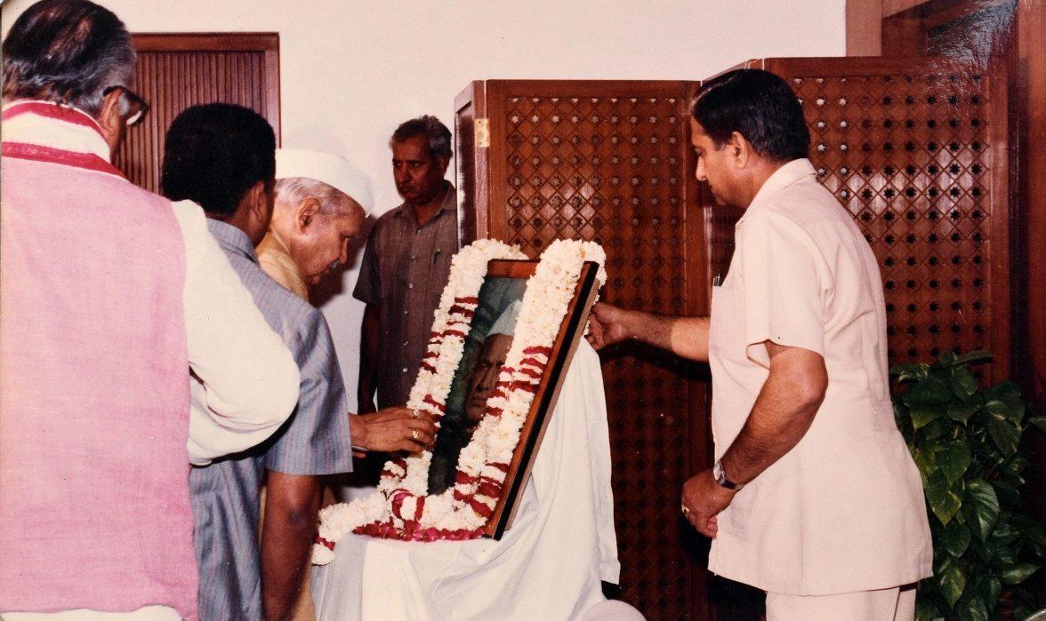 Maithili sharan gupt | mahadevi Verma | siyaram Sharan gupt |
